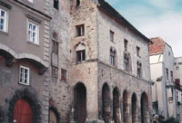 Дворец Гоццобург